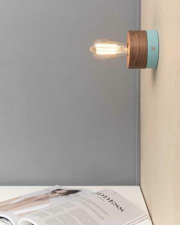 Wandleuchte 0239 Eiche Skandinavisches Design Holzlampe von ALMUT von Wildheim LIEB & KÜHN Wandleuchte 0239 Eiche